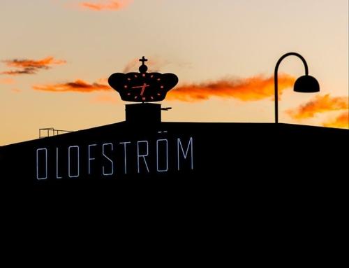 Neonskylten på Volvo i Olofström lyser igen