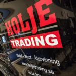 Bildekor monterad på lastbil åt Holje Trading - Top Score Profil