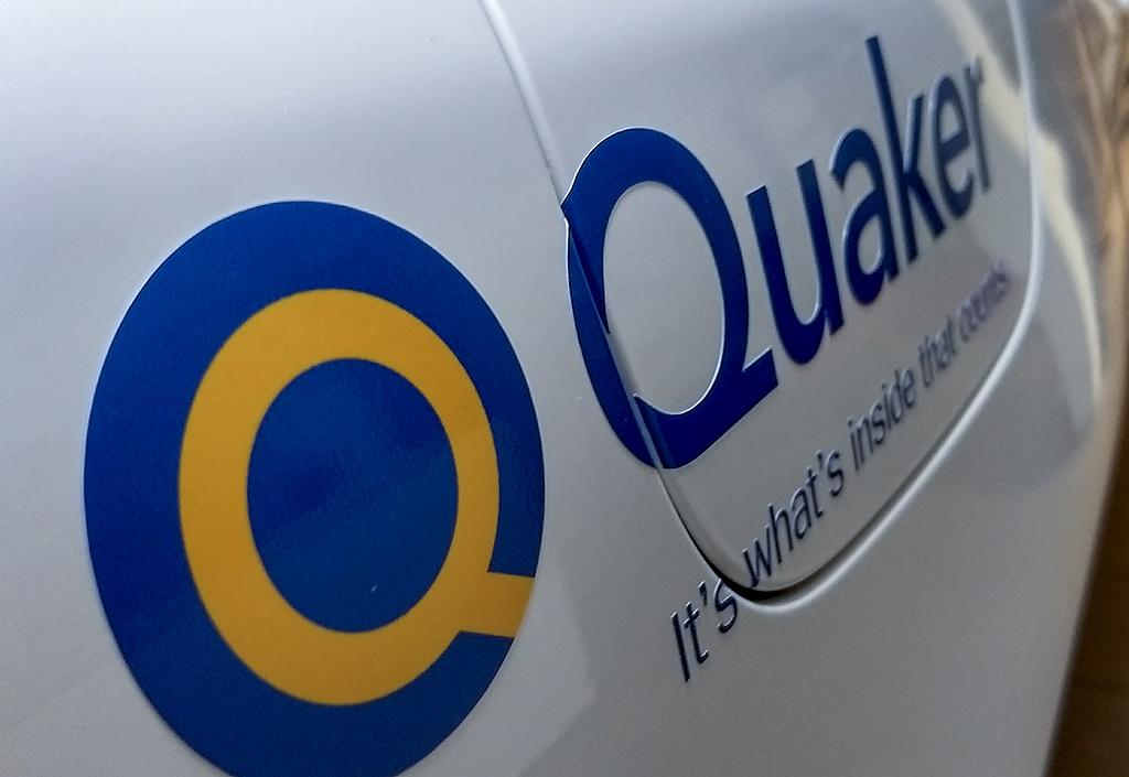 Bildekor monterad till Quaker - Top Score Profil